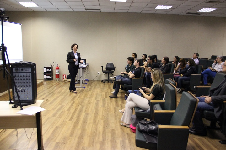 Marta Cristina Marjotta-Maistro, professora da Universidade Federal de São Carlos